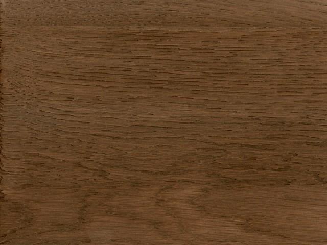 Holzmuster Oil 4 mattlackiert und leicht gekälkt